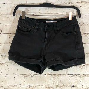 No boundaries low rise black jean shorts size 5